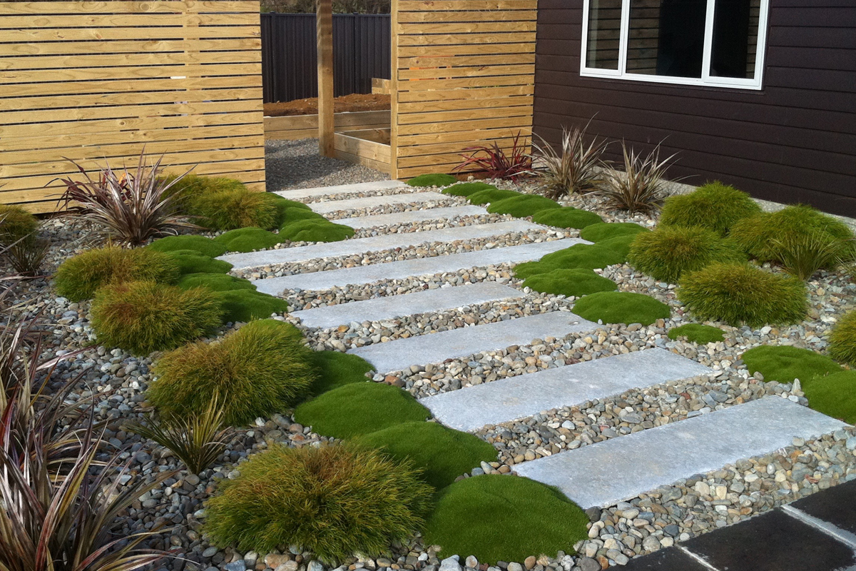 Total Landscape Solutions Construction Path, fence & planting